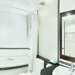Отель Rattana Residence Sakdidet ванная фото 2