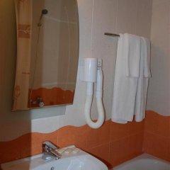 Отель Italia Nessebar Болгария, Несебр - 1 отзыв об отеле, цены и фото номеров - забронировать отель Italia Nessebar онлайн ванная