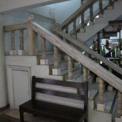 Отель Pere Aristo Guesthouse Филиппины, Мандауэ - отзывы, цены и фото номеров - забронировать отель Pere Aristo Guesthouse онлайн интерьер отеля фото 3