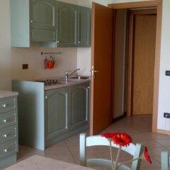 Отель Residence Il Fiore Del Garda Манерба-дель-Гарда в номере фото 2