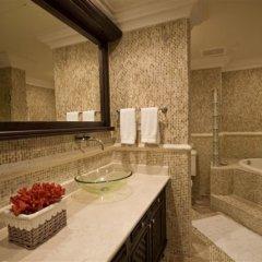 Отель Aquamarina Luxury Residences Доминикана, Пунта Кана - отзывы, цены и фото номеров - забронировать отель Aquamarina Luxury Residences онлайн ванная фото 2