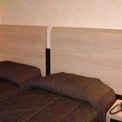 Отель Euro House Rome Airport Италия, Фьюмичино - 1 отзыв об отеле, цены и фото номеров - забронировать отель Euro House Rome Airport онлайн комната для гостей фото 5
