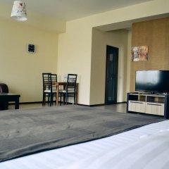 Гостиница Грин Отель в Иркутске 1 отзыв об отеле, цены и фото номеров - забронировать гостиницу Грин Отель онлайн Иркутск комната для гостей фото 17