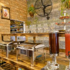 A Tran Boutique Hotel Хойан питание фото 2