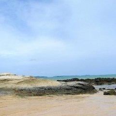 Отель Au Thong Residence пляж