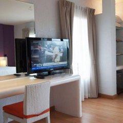 Отель The Chalet Phuket Resort Таиланд, Пхукет - отзывы, цены и фото номеров - забронировать отель The Chalet Phuket Resort онлайн удобства в номере