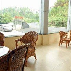 Ruifeng Hotel комната для гостей