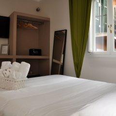 Отель NL Trastevere сейф в номере