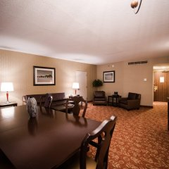 Crowne Plaza Hotel Philadelphia-Cherry Hill комната для гостей фото 2