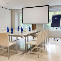 Отель NH Nacional Испания, Мадрид - 2 отзыва об отеле, цены и фото номеров - забронировать отель NH Nacional онлайн помещение для мероприятий фото 5