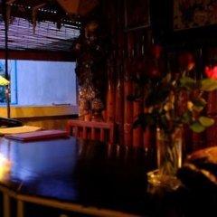 Отель Palace Nyaung Shwe Guest House Мьянма, Хехо - отзывы, цены и фото номеров - забронировать отель Palace Nyaung Shwe Guest House онлайн гостиничный бар