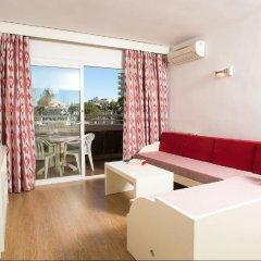 Отель Aparthotel Cabau Aquasol комната для гостей