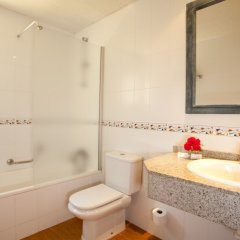 Отель Aparthotel Cabau Aquasol ванная
