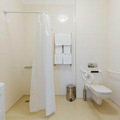 Гостиница Имеретинский Парковый квартал в Сочи отзывы, цены и фото номеров - забронировать гостиницу Имеретинский Парковый квартал онлайн ванная