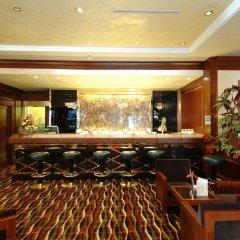 Отель Royal Hotel Carlton Италия, Болонья - 3 отзыва об отеле, цены и фото номеров - забронировать отель Royal Hotel Carlton онлайн гостиничный бар