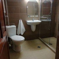 Отель Complex Izvora Болгария, Велико Тырново - отзывы, цены и фото номеров - забронировать отель Complex Izvora онлайн ванная фото 5