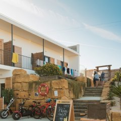 Aktion Ericeira Surf Hostel бассейн фото 3
