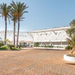Отель FERGUS Conil Park Испания, Кониль-де-ла-Фронтера - отзывы, цены и фото номеров - забронировать отель FERGUS Conil Park онлайн парковка