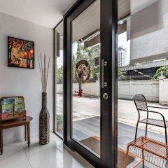 Отель Double Two@Sathorn Бангкок комната для гостей фото 3