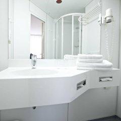 Отель IntercityHotel Rostock ванная фото 2