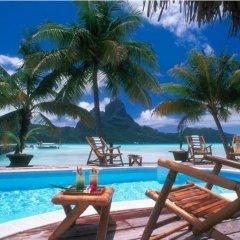 Отель Eden Beach Hotel Bora Bora Французская Полинезия, Бора-Бора - отзывы, цены и фото номеров - забронировать отель Eden Beach Hotel Bora Bora онлайн бассейн
