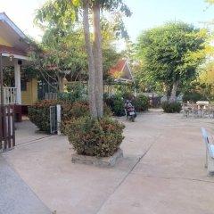 Отель Insook Ko Larn Guesthouse