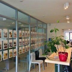 Гостиница Partner Guest House Khreschatyk интерьер отеля