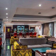 Protea Hotel Kuramo Waters Лагос гостиничный бар