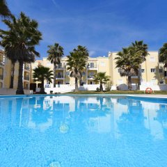 Апартаменты Praia da Lota Resort - Apartments бассейн