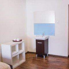 Отель Boutique Hostel Польша, Лодзь - 1 отзыв об отеле, цены и фото номеров - забронировать отель Boutique Hostel онлайн ванная