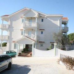 Отель Villa Happy Черногория, Тиват - отзывы, цены и фото номеров - забронировать отель Villa Happy онлайн парковка