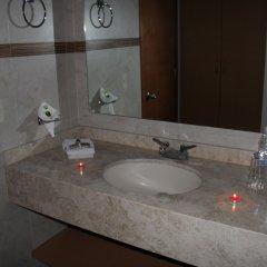 Hotel Real Zapopan ванная фото 2
