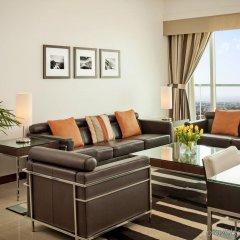 Отель Four Points by Sheraton Sheikh Zayed Road, Dubai Дубай комната для гостей фото 4