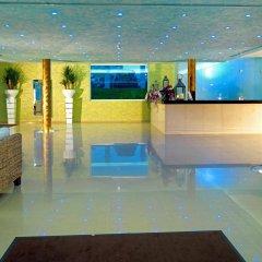 Отель Cristal Praia Resort & Spa интерьер отеля