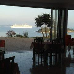 Отель Majestic Албания, Ксамил - отзывы, цены и фото номеров - забронировать отель Majestic онлайн гостиничный бар