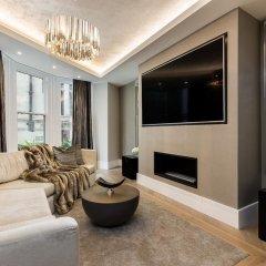 Отель Incredible 6 Storey 4 bed Luxury House in St James Лондон комната для гостей фото 4
