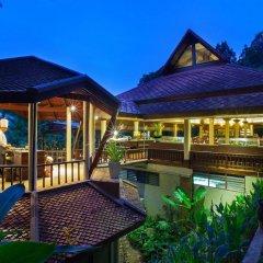 Отель Khaolak Bay Front Resort гостиничный бар