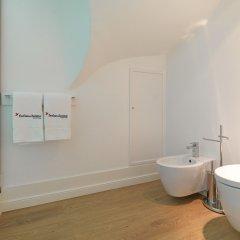 Отель Feels Like Home Chiado Prime Suites Португалия, Лиссабон - отзывы, цены и фото номеров - забронировать отель Feels Like Home Chiado Prime Suites онлайн ванная