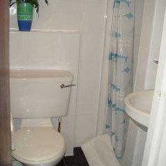 Regency Court Hotel ванная