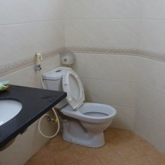 Отель Discovery II Hotel Вьетнам, Ханой - отзывы, цены и фото номеров - забронировать отель Discovery II Hotel онлайн ванная фото 2