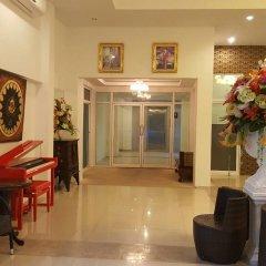 Отель Retreat By The Tree Pattaya интерьер отеля фото 3