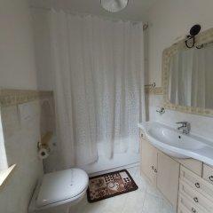 Отель Il ritrovo delle Volpi Италия, Аджерола - отзывы, цены и фото номеров - забронировать отель Il ritrovo delle Volpi онлайн ванная