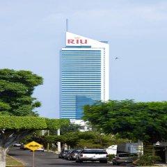 Hotel Riu Plaza Guadalajara парковка