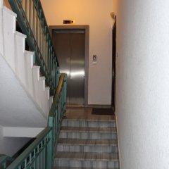 Отель Beautiful 2 BR Apt Quiet & Private Иордания, Амман - отзывы, цены и фото номеров - забронировать отель Beautiful 2 BR Apt Quiet & Private онлайн интерьер отеля фото 2
