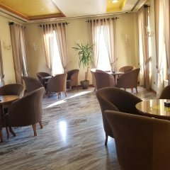Отель Vila Zeus Албания, Тирана - отзывы, цены и фото номеров - забронировать отель Vila Zeus онлайн интерьер отеля фото 2