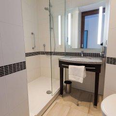 Отель Hampton By Hilton Amsterdam Centre East Амстердам ванная