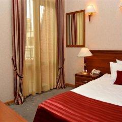 Отель River Side комната для гостей