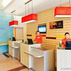 Отель IBIS Guangzhou GDD интерьер отеля