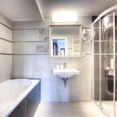 Hotel Lev Ловосице ванная