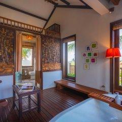 Отель Hoi An Chic в номере фото 2